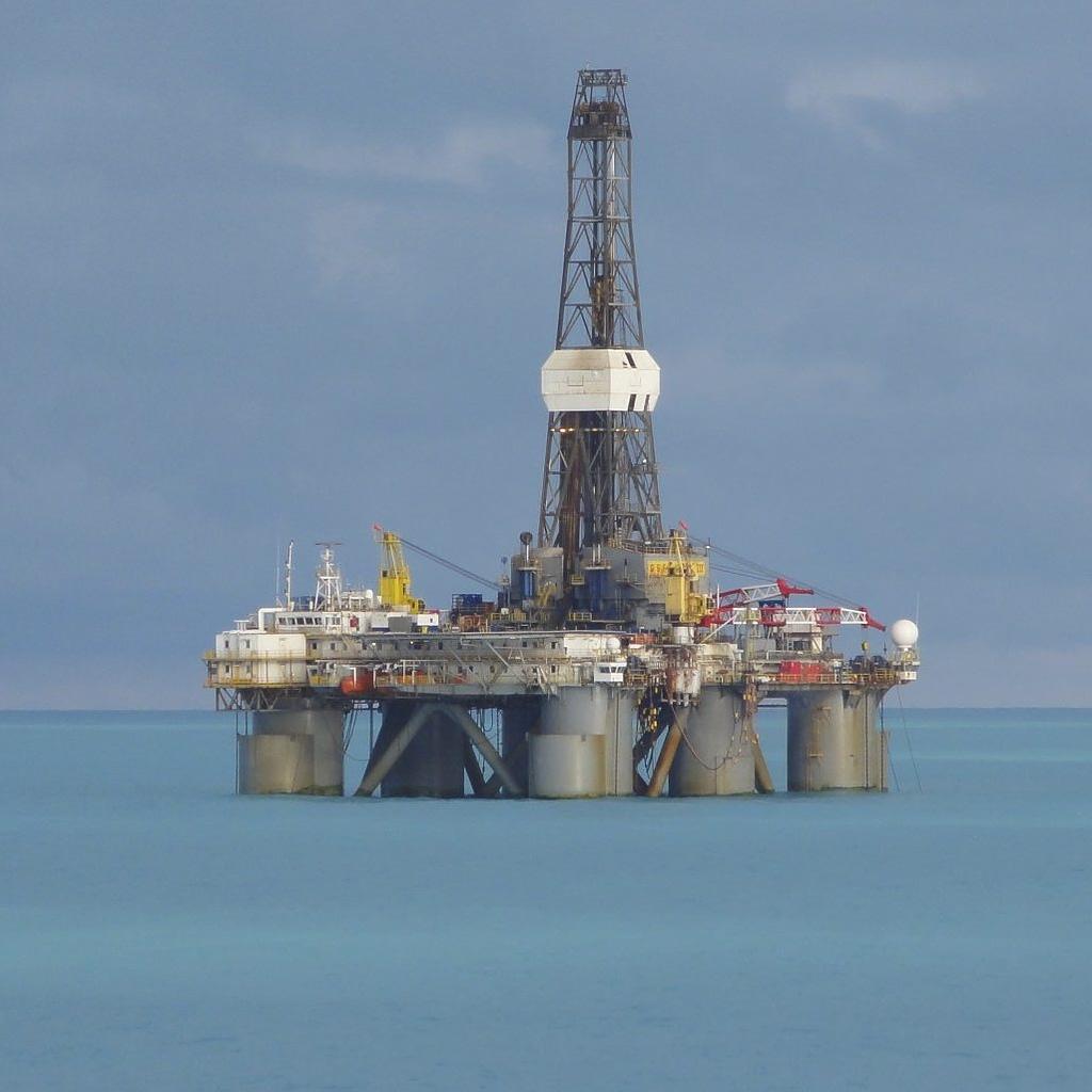 Semi-submersible Oil Drilling Platform